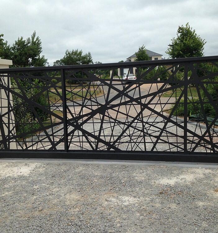 Portail métal design Caen Normandie