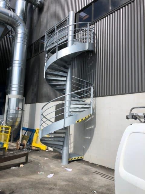 escalier exterieur sphere